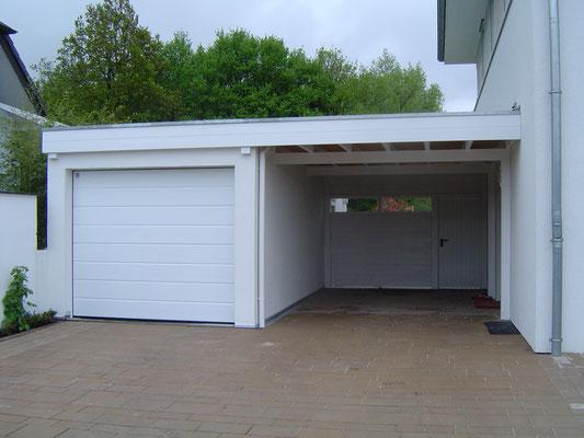 Beispiel-Nr. WA-3   In diesem Beispiel wurde das Wandcarport KÖLN zwischen Garage und Hauswand montiert.