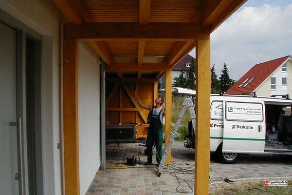 Beispiel-Nr. MGR-30.3    Farbgebung dieser Überdachung hier mit einer Wetterschutz-Lasur Alt-KIEFER.