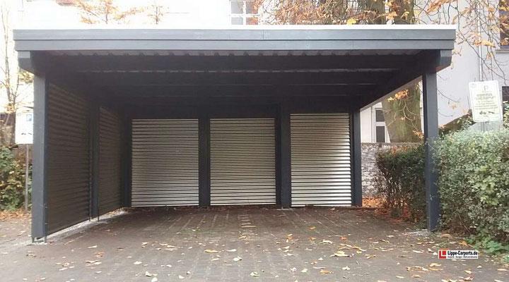 Beispiel-Nr. M-9    MÜNCHEN Carport für Bielefeld. Als Sichtschutzwände wünschte diese Kundin wetterfeste ALUWELL-Profile.