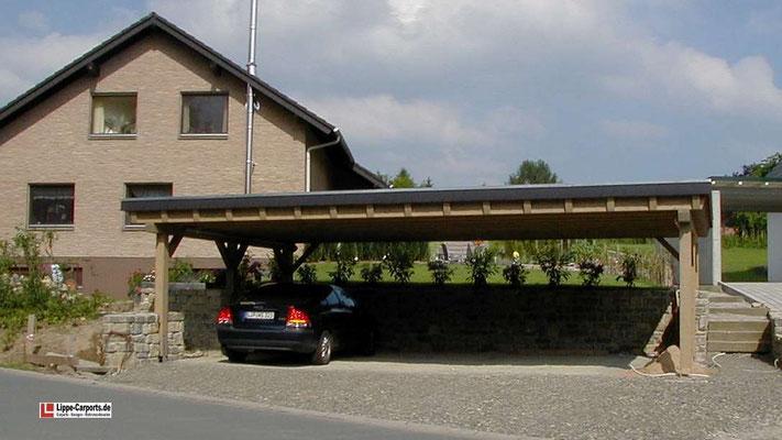 Beispiel Nr. SORC19.3   Eine umlaufende Schieferblende schützt den Dachrand gegen Wind und Wetter. In der Standardausführung bilden Holzblenden den Dachrand.