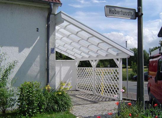 Beispiel-Nr. LDS-2.2   Bei diesem Schrägdachcarport besteht die Dacheindeckung komplett aus Licht-Trapezplatten glasklar.