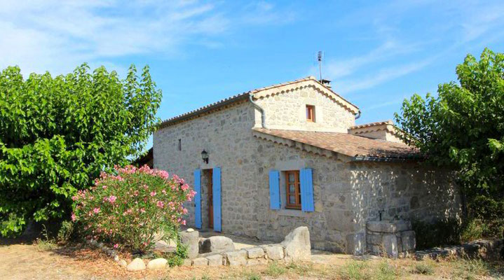Charming cottage with view of Labeaume in southern Ardèche
