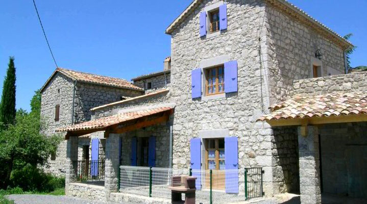 Charming stone cottage in southern Ardèche
