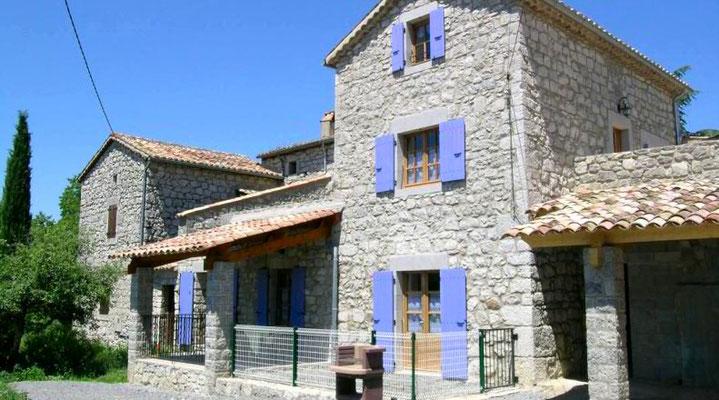 Gîte de charme en pierre en sud Ardèche