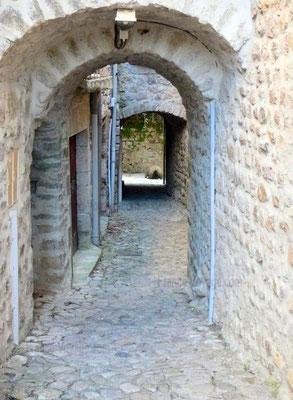 Ruelles à Labeaume en sud Ardèche
