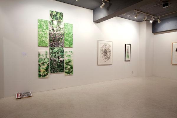 Left/左 Masato Nagai/永井雅人 「Textures ( in memory of Toru Takemitsu)」銅版画、モノタイプ、パネル 2015年