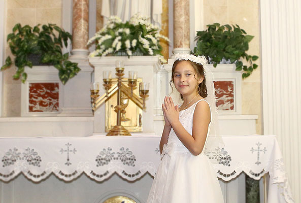 First Holy Communion photo session.  Photographer PA, NJ, NY Gosia & Steve Tudruj 215-837-6651 www.momentsinlifephoto.com Specializing in wedding photography, events, portrait maternity, newborn, kids, family, beauty and specialty photo sessions