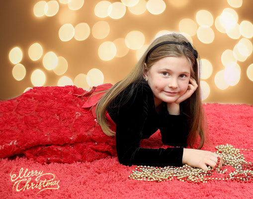 holiday time. Christmas photo session. If you are interested, please message me.  Photographer - Gosia Tudruj Servis PA, NJ, NY 215-837-6651 www.momentsinlifephoto.com  #holiday#christmas#time#photo#session#photographer#images#www.momentsinlifephoto.com#