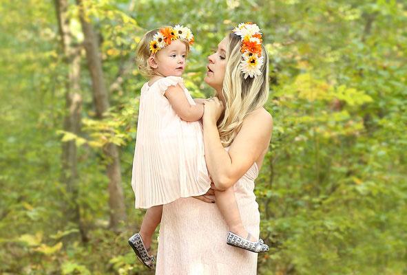 Family and fall. Fall photo shot . Halloween and Fall photo session. Photographer PA, NJ, NY Gosia and Steve Tudruj 215-837-6651 www.momentsinlifephoto.com #Fall#photo#shot#images#session#family#kids#women#photographer#