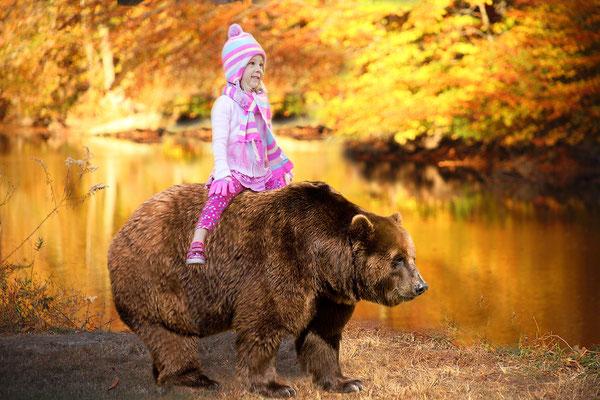 Fall. Kids Photo shot. Children photography. Birthday, events, party photo session. Photographer Gosia & Steve Tudruj  215-837-6651   www.momentsinlifephoto.com Servis PA. NJ. NY Servis Pa and Bucks County PA. NJ.