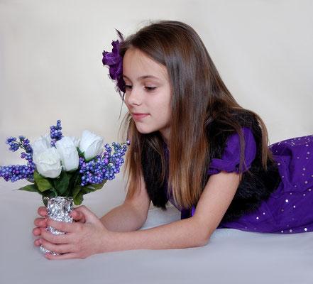Girls photo session. www.momentsinlifephoto.com Photographer PA, NJ, NY Gosia Tudruj 215-837-6651