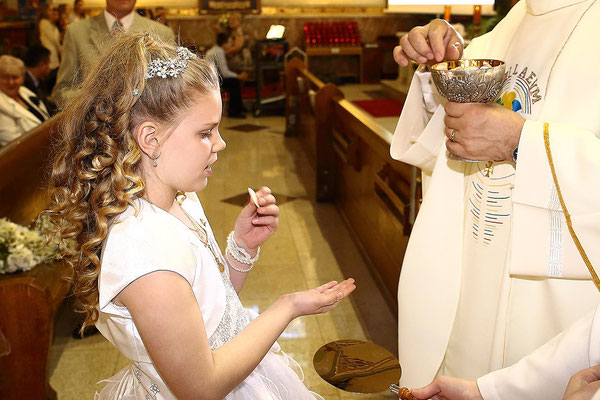 First Holy Communion  Photographer PA, NJ, NY Gosia & Steve Tudruj 215-837-6651 www.momentsinlifephoto.com Specializing in wedding photography, events, portrait maternity, newborn, kids, family, beauty and specialty photo sessions
