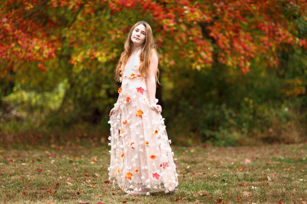 Fall photo session.  Servis PA, NJ, NY.  Photographer Gosia Tudruj 215-837-6651 www.momentsinlifephoto.com  Specializing in portrait, event, wedding photography.