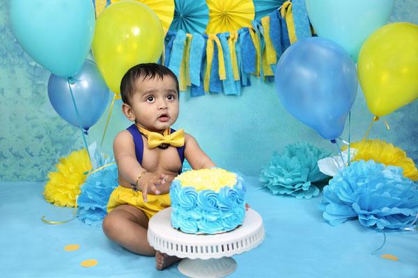 Kids photo shot.  Baby boy photo session.  Photographer Pa, NJ, NY Gosia & Steve Tudruj  215-837-6651   www.momentsinlifephoto.com Servis PA. NJ. NY
