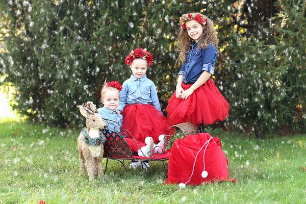 Holidays. Christmas tree farm photo session. Kids. Family.  Dogs pictures. Photographer PA, NJ, NY  Gosia & Steve Tudruj 215-837-6651 www.momentsinlifephoto.com