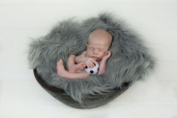 Florida. Newborn photo shoot. baby boy photo session. Servis Fl, , NJ, NY, Pa. Photographer Malgorzata Tudruj 215-837-6651 www.momentsinlifephoto.com  Specializing in portrait, event, wedding photography.