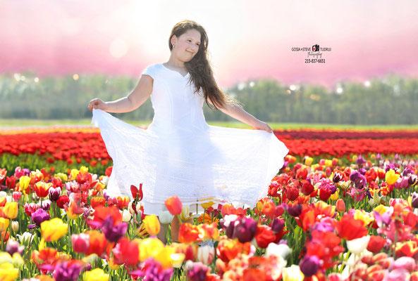 Izabela . Spring time & Tulips Session. Girl Photo Shoot.  Photographer Gosia & Steve Tudruj Servis PA, NJ, NY 215-837-6651 www.momentsinlifephoto.com Specializing in wedding photography, event, portrait