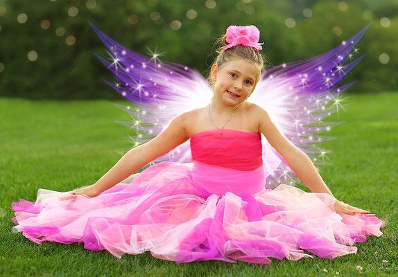 Butterfly photo session. Kids, family, birthday photo session. Studio and park. Gosia & Steve Tudruj  215-837-6651   www.momentsinlifephoto.com Servis PA. NJ. NY Servis Pa and Bucks County PA. NJ.