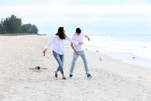 Mom and son. Vacation time. Ocean. Nakomis brach. Fl. Beach photo session. Photographer Florida. Malgorzata Tudruj 215-837-6651 www.momentsinlifephoto.com Specializin portrait, event, wedding.