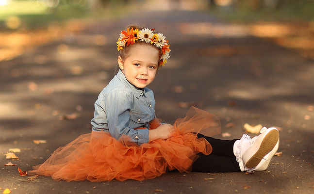 Kids Photo shot. Children photography. Birthday, events, party photo session. Photographer Gosia & Steve Tudruj  215-837-6651   www.momentsinlifephoto.com Servis PA. NJ. NY