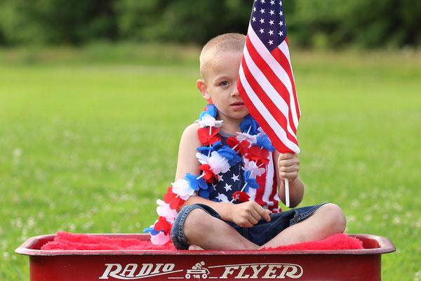 Boy photo shot.  Memorial day photo session. Florida. Port St. Lucie.  Photographer PA, NJ, NY, FL Malgorzata Tudruj 215-837-6651 www.momentsinlifephoto.com