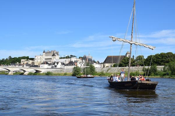 sortie-insolite-Vallee-Loire-Amboise-Chaumont-balade-bateau-degustation-vins-Rendez-Vous-dans-les-Vignes