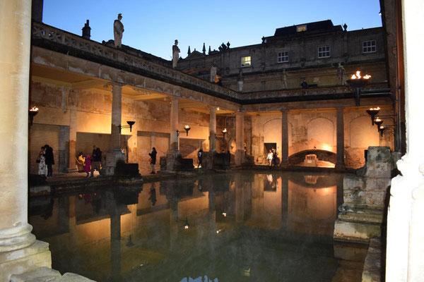 thermes-romains-bath-angleterre-somerset-oenotourisme-voyage-Rendez-Vous-dans-les-Vignes-Myriam-Fouasse-Robert