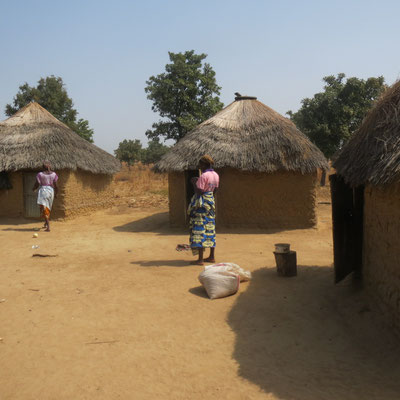 Case tipiche dei paesini circostanti