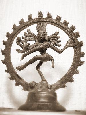 踊るシヴァ神