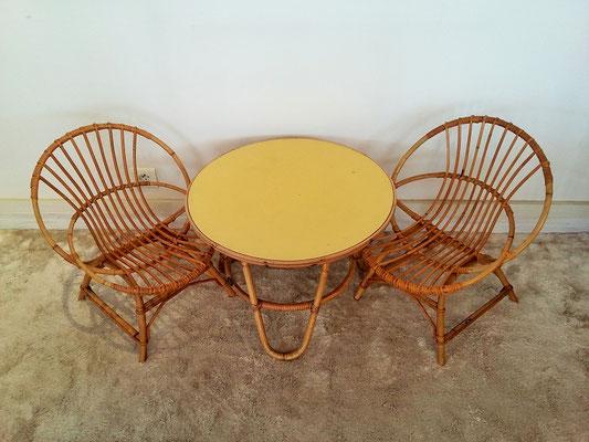 Ensemble rotin enfant - fauteuils coquille et table tripode