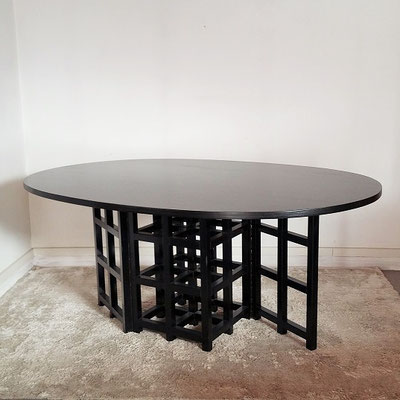 Table Mackintosh vintage