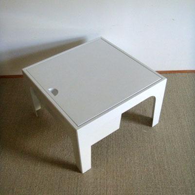 Table travailleuse plastique vintage