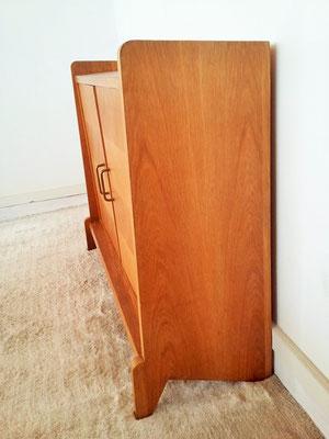Petit meuble de rangement / placard vintage