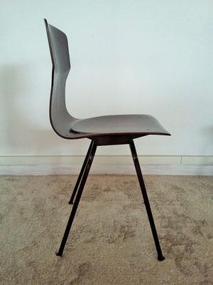 Série chaises thermoformées scandinaves