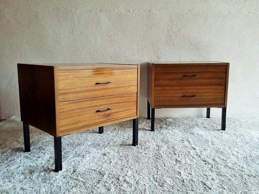 Chevets / bouts de canapé vintage