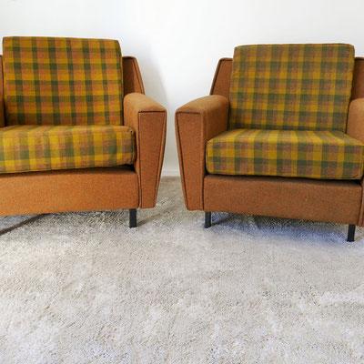 Paire de fauteuils des années 50