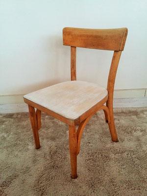 petites chaises Baumann