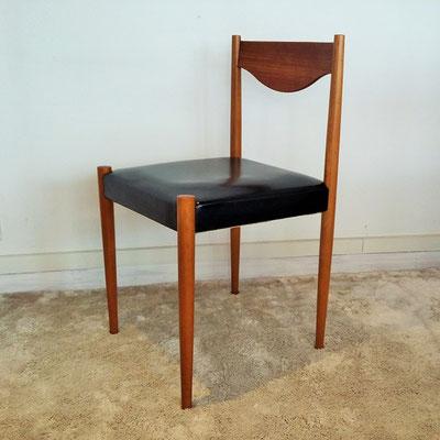 Suite de 4 chaises Silva Baumann vintage