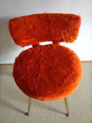 Fauteuil chaise moumoute vintage corail