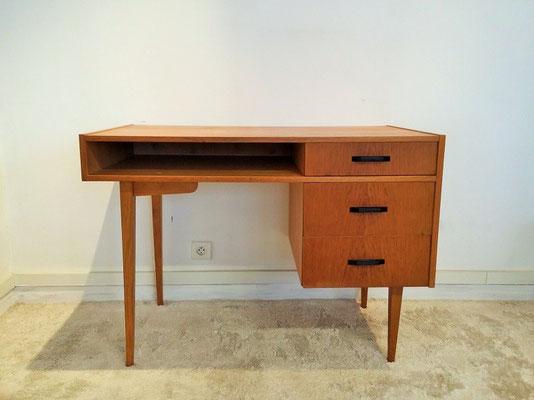 Bureau vintage moderniste