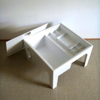 Table travailleuse plastique années 70
