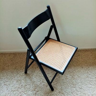 Chaise cannée pliante vintage