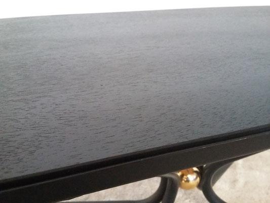 Table basse années 50 boule laiton