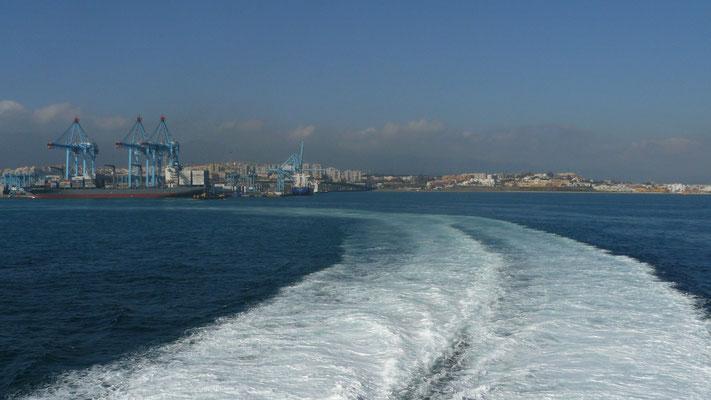 Nous quittons le port espagnol d'Algeciras