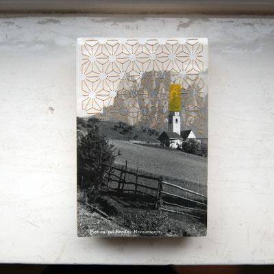 o.t. //                            stickerei, postkarte auf holzrahmen        2016