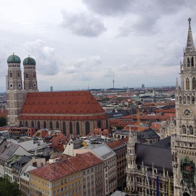 Blick vom Alten Peter in den Münchner Norden
