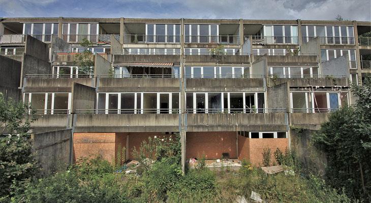 Terrassierte Balkone an der Südwestseite