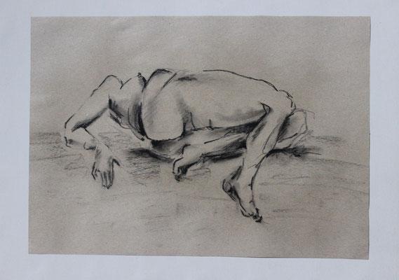 Untitled (2011). Kohle und Bleistift auf Papier.
