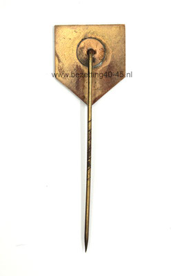 Jeugdstorm Lidmaatschap speld  (1e model - 1934). -  Dutch youth Jeugdstorm Membership Pin (1st model - 1934).