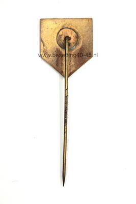 Jeugdstorm Lidmaatschap speld  (1e model - 1934).Dutch youth Jeugdstorm membership pin Nationale Jeugdstorm (first type) , very hard to find!